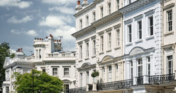 7948714-Elegant-apartment-building-in-Notting-Hill-London--Stock-Photo-london-house-victorian